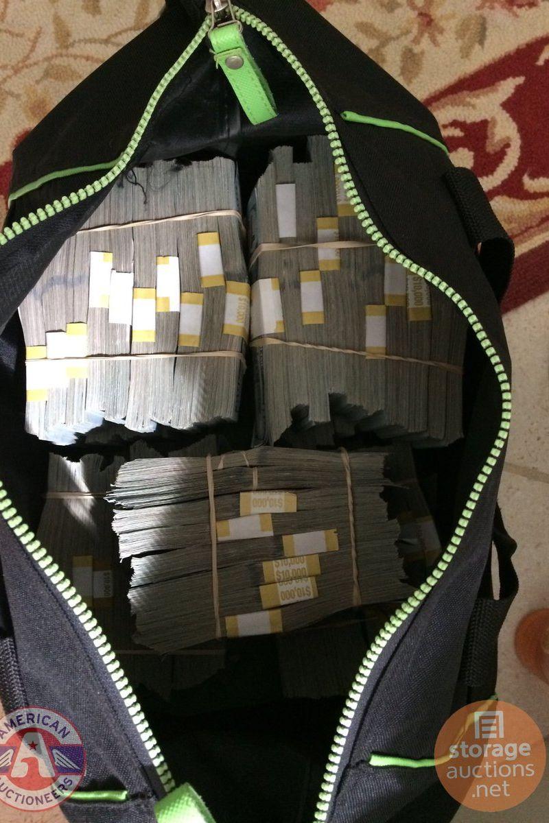 Comprou depósito por 500 dólares, lá dentro encontrou 7,5 milhões