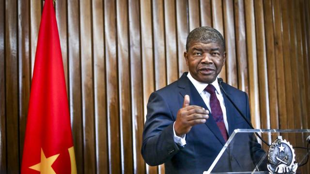 """""""Angola admite deixar de pagar dívida com petróleo"""""""