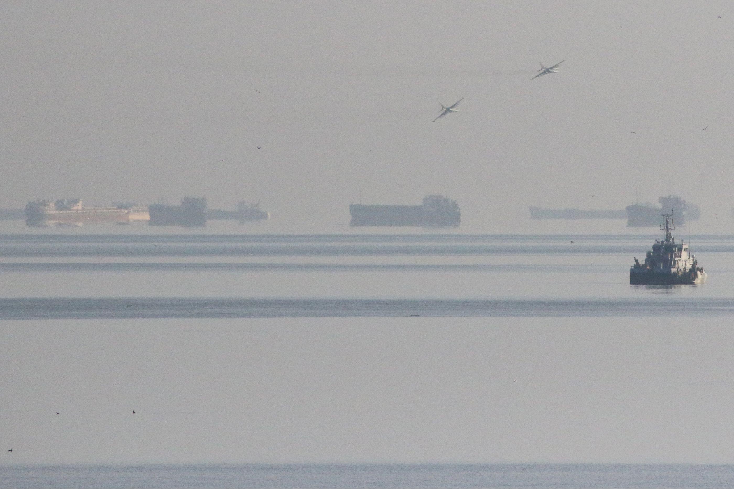 Rússia confirma ataque a três navios ucranianos que provocou três feridos