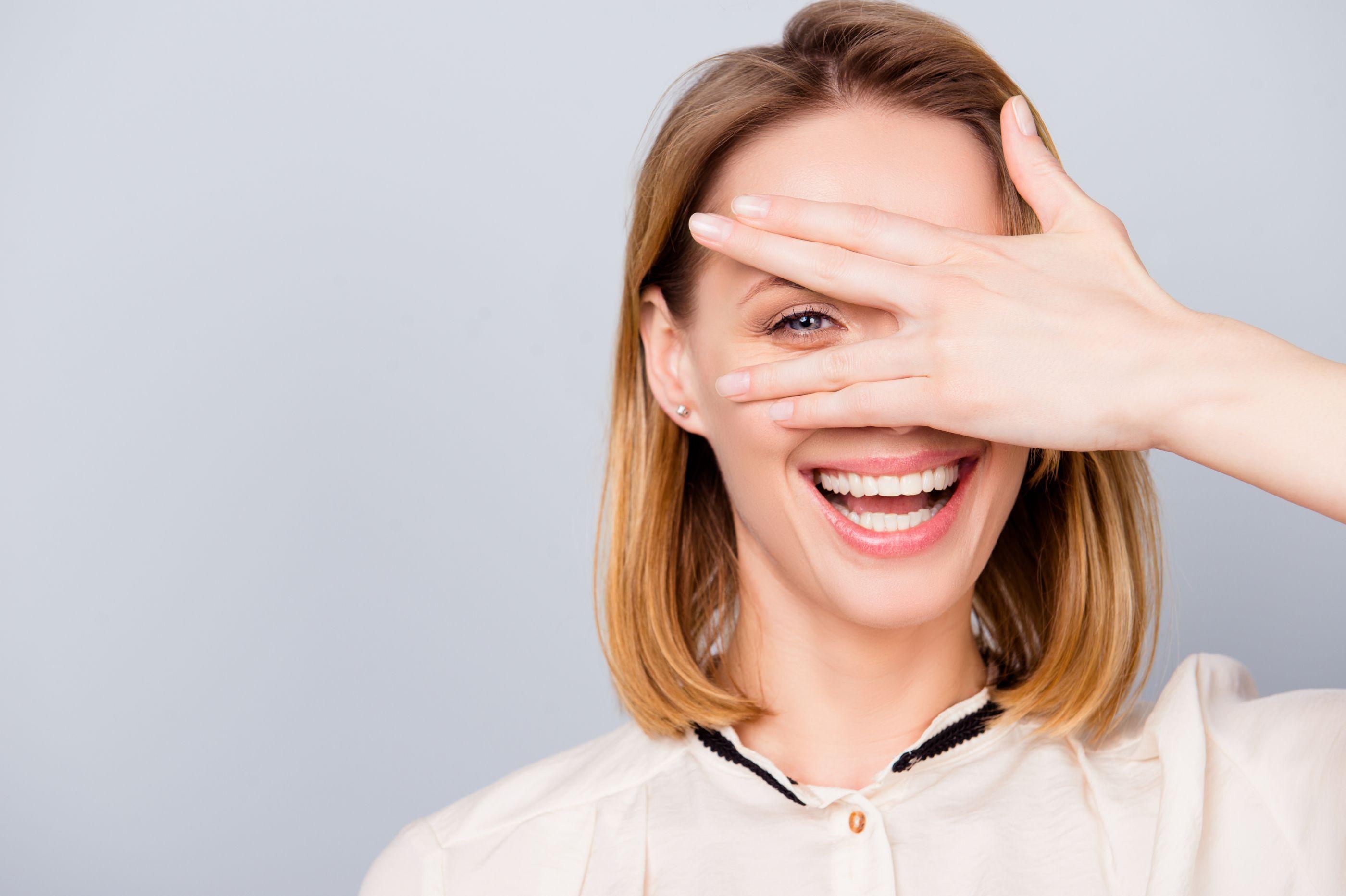 Pénis facial: A nova proposta de beleza é algo em que nunca pensaria