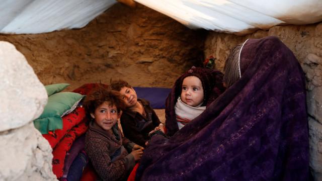 Seca leva alguns afegãos a venderem os filhos, alerta ONU