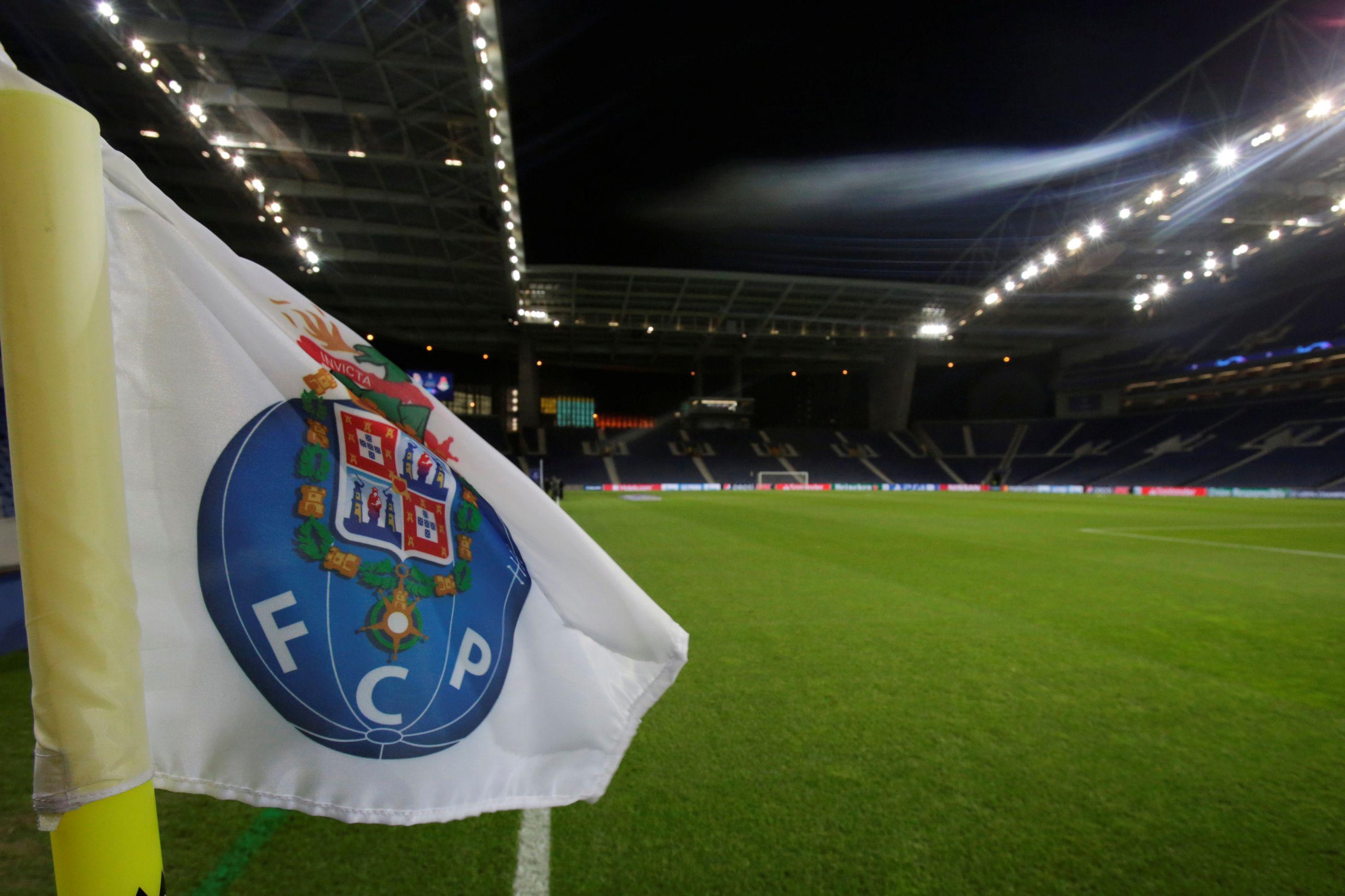 FC Porto já vendeu 25 mil bilhetes para a receção ao Liverpool