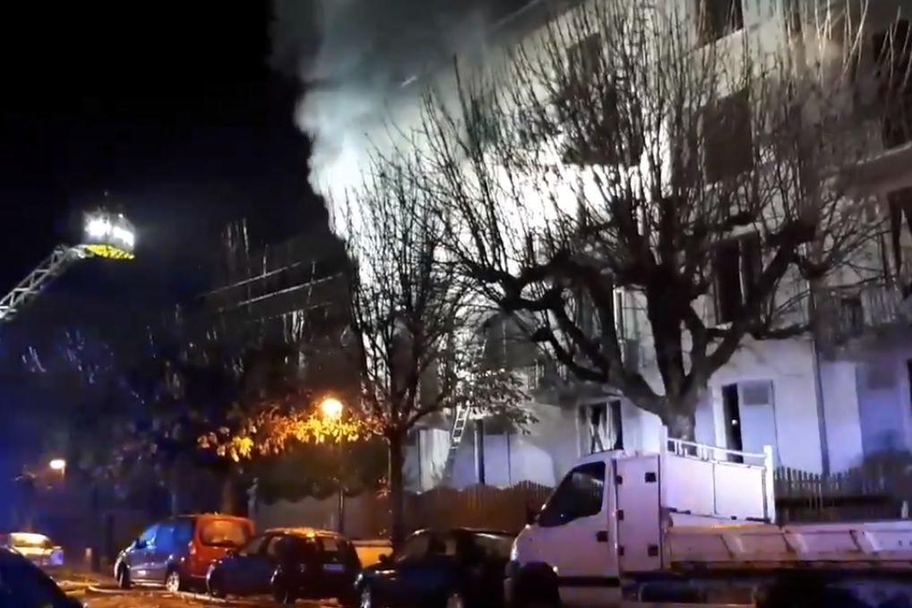 Explosão numa casa mata duas pessoas em França