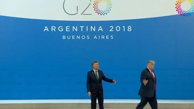 Donald Trump deixou presidente da Argentina a falar... sozinho