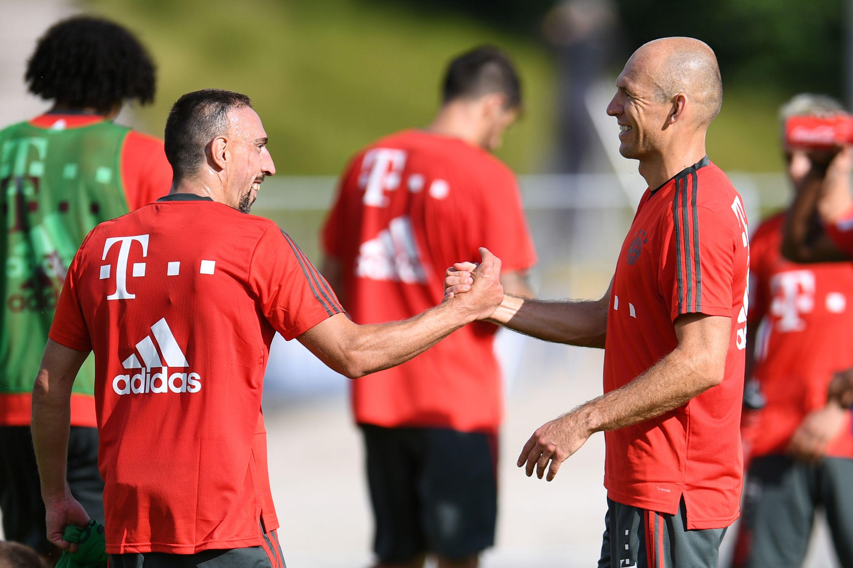 Confirmado: Ribéry e Robben vão dizer adeus ao Bayern de Munique