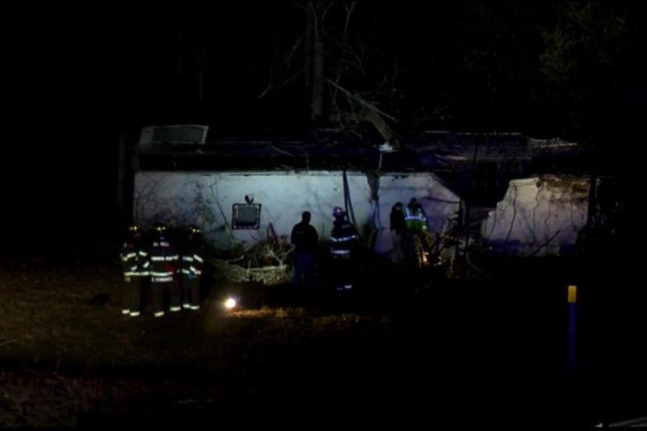 Autocarro com equipa juvenil despista-se. Uma criança morreu, 40 feridos