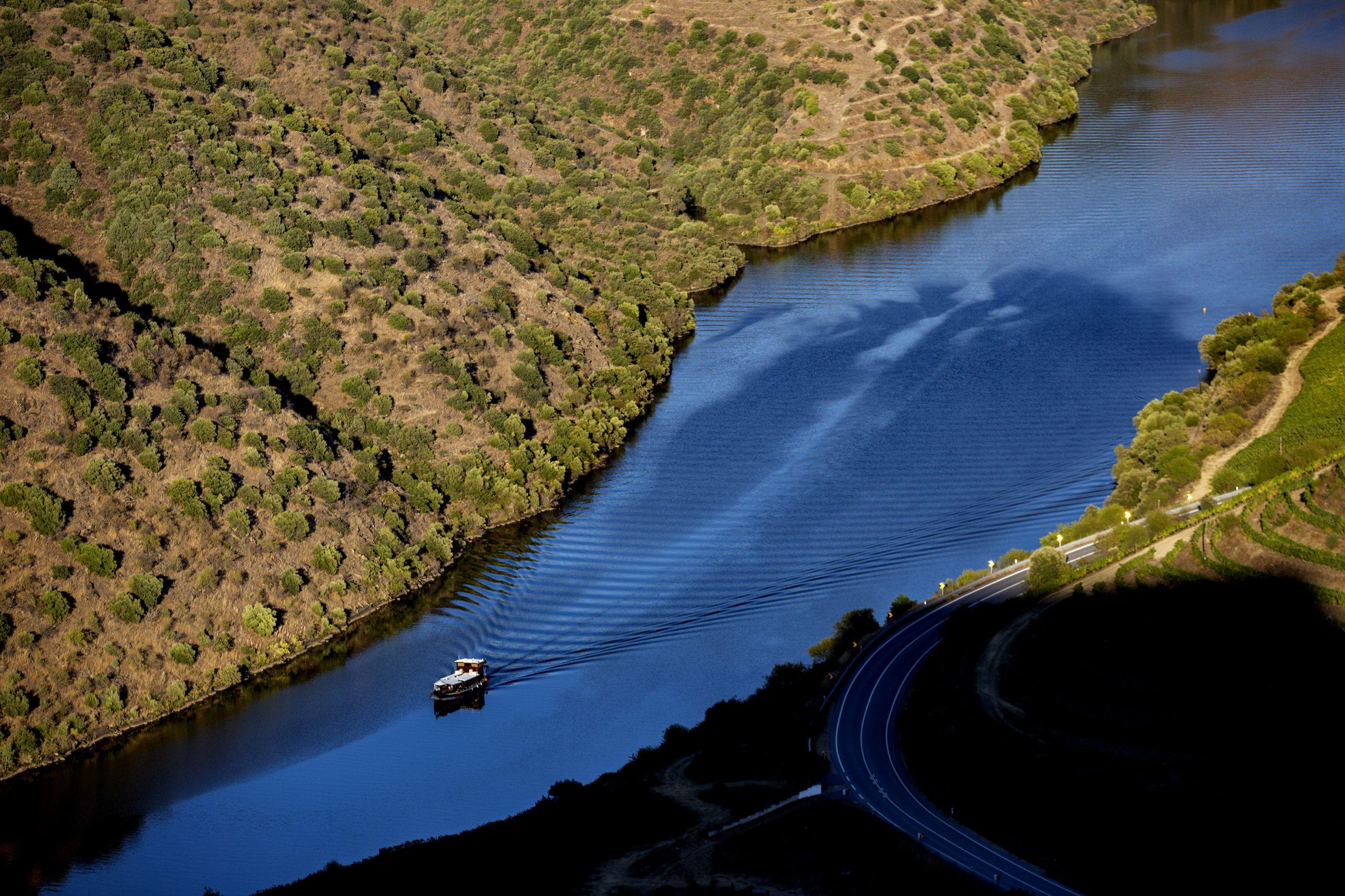 Equipas de socorro resgataram corpo de homem desaparecido no rio Côa