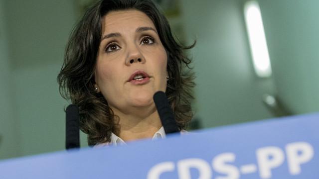 """Amaro da Costa é exemplo de coragem contra """"radicalismos"""", diz Cristas"""