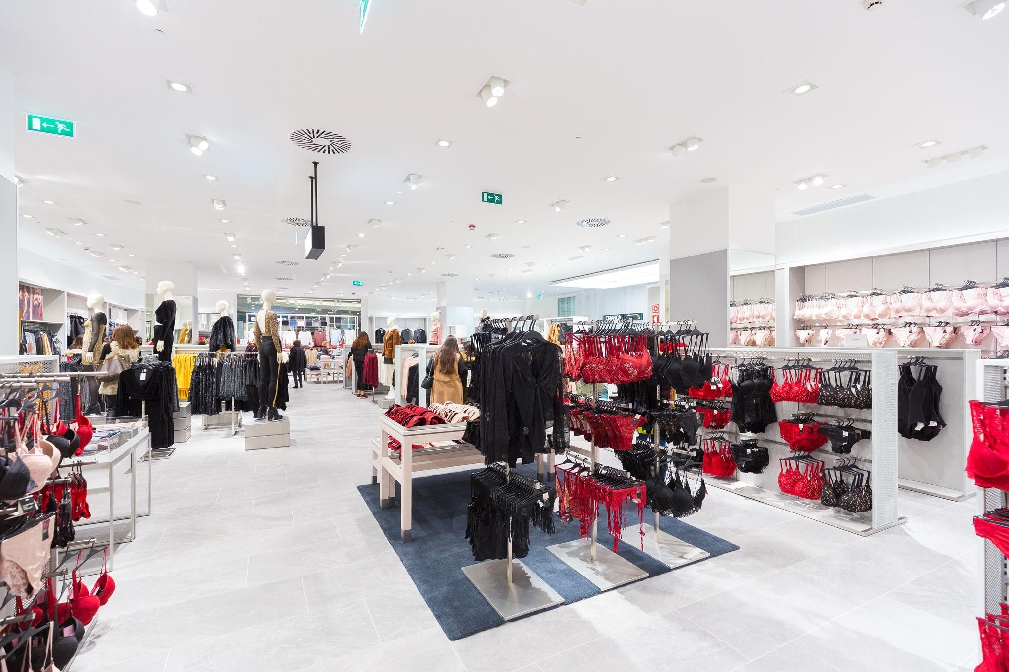 H&M já abriu no Alameda Shop & Spot