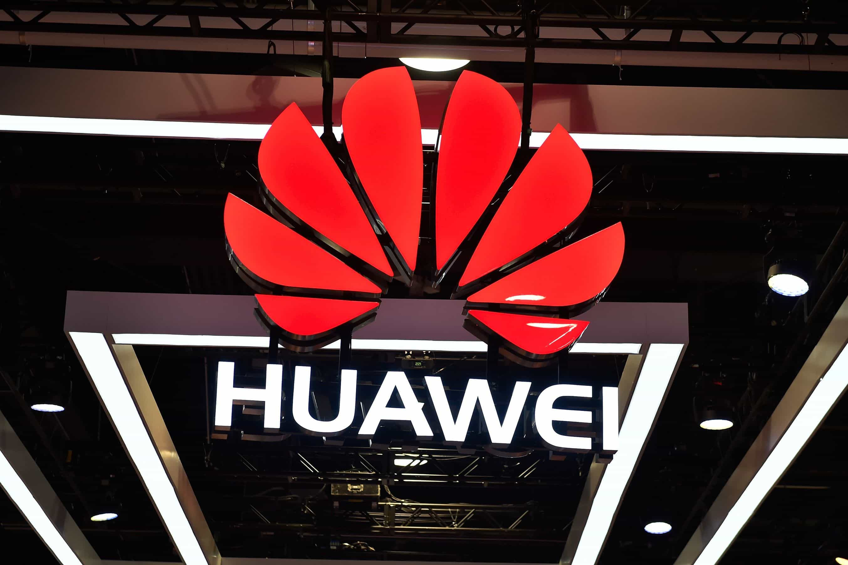 EUA acusam chinesa Huawei de fraude bancária e espionagem industrial