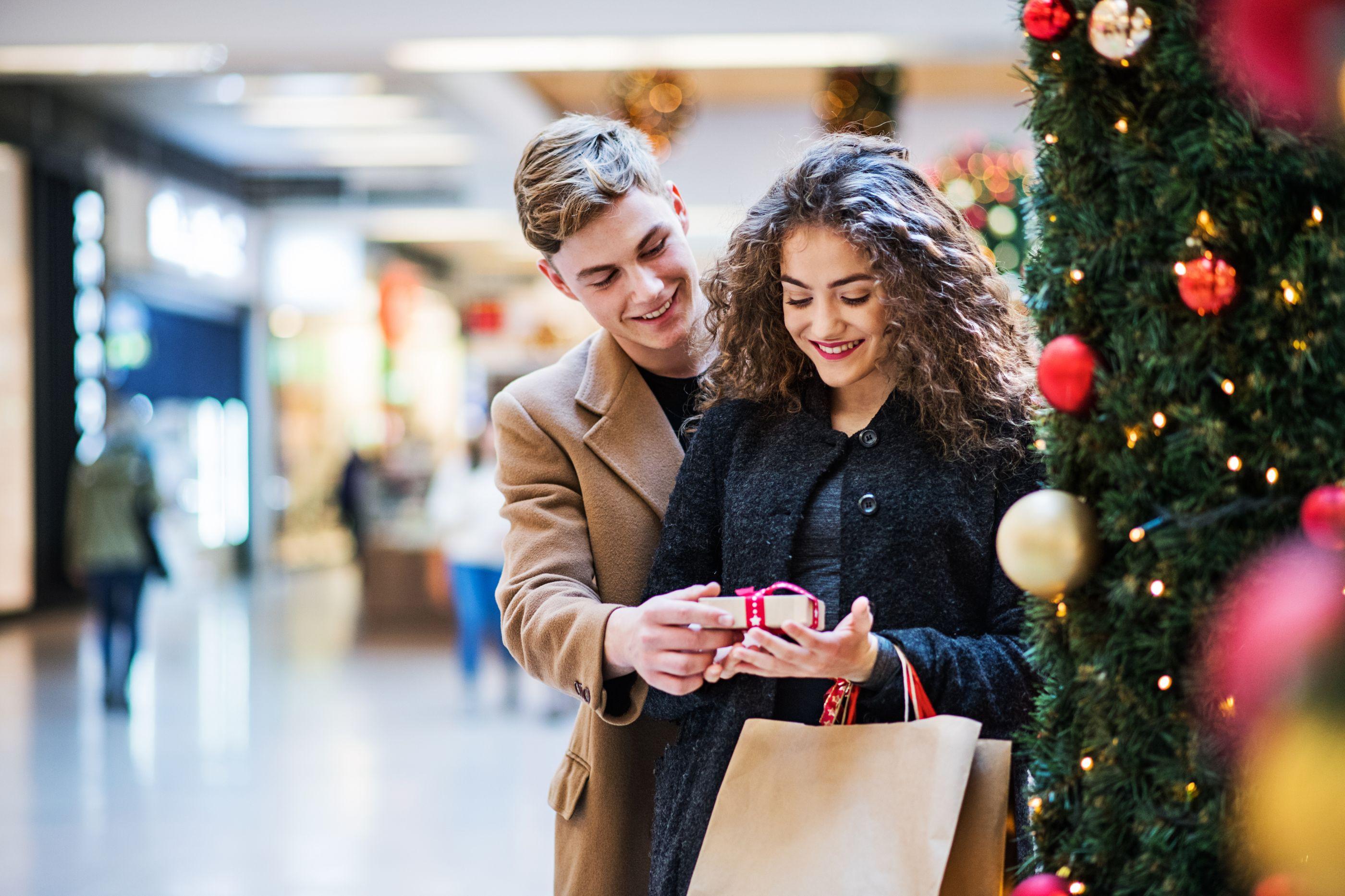 Alameda Shop & Spot recebe mercado de Natal