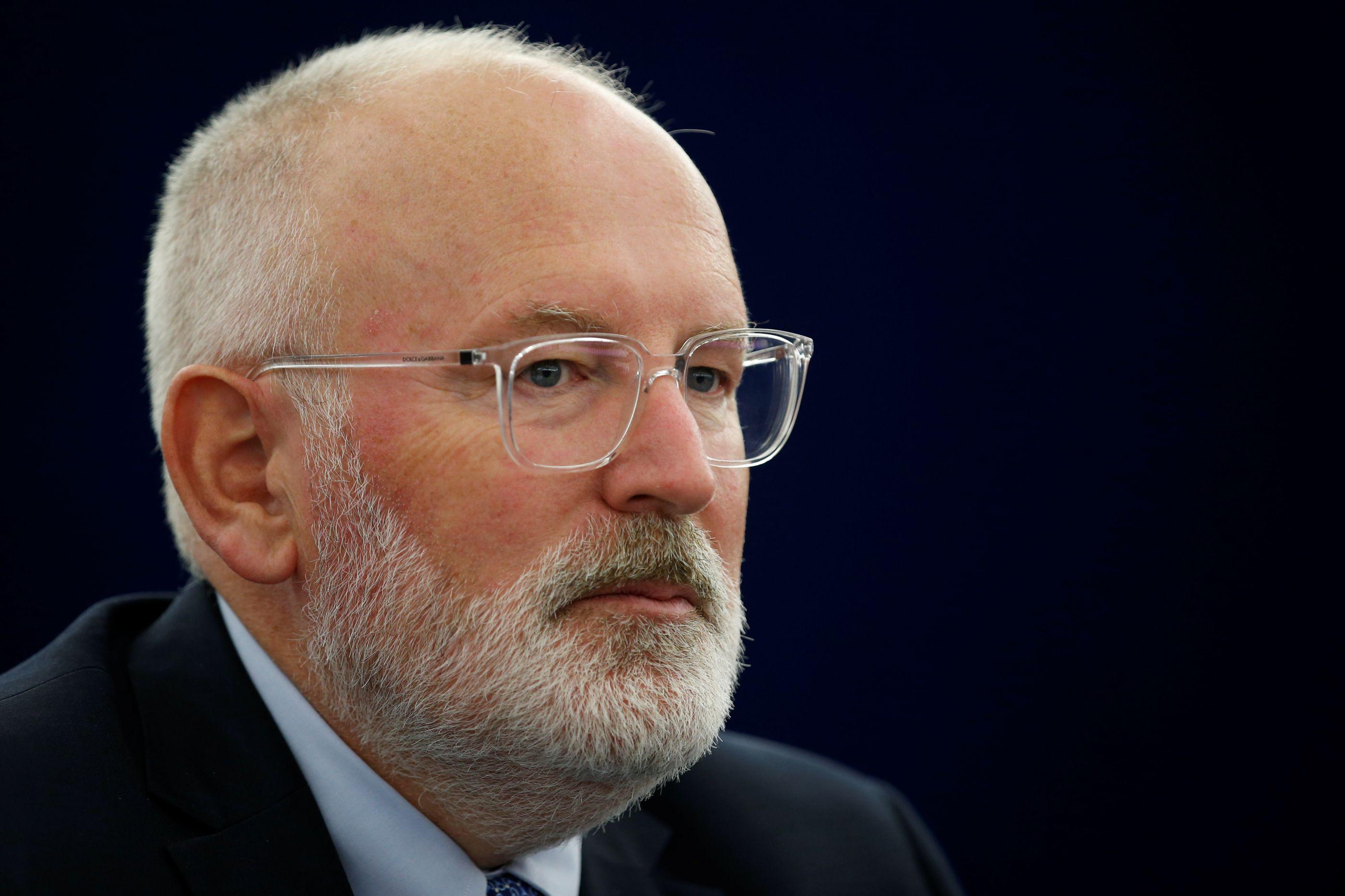 "Timmermans promete ""tolerância zero"" para atropelos à democracia"