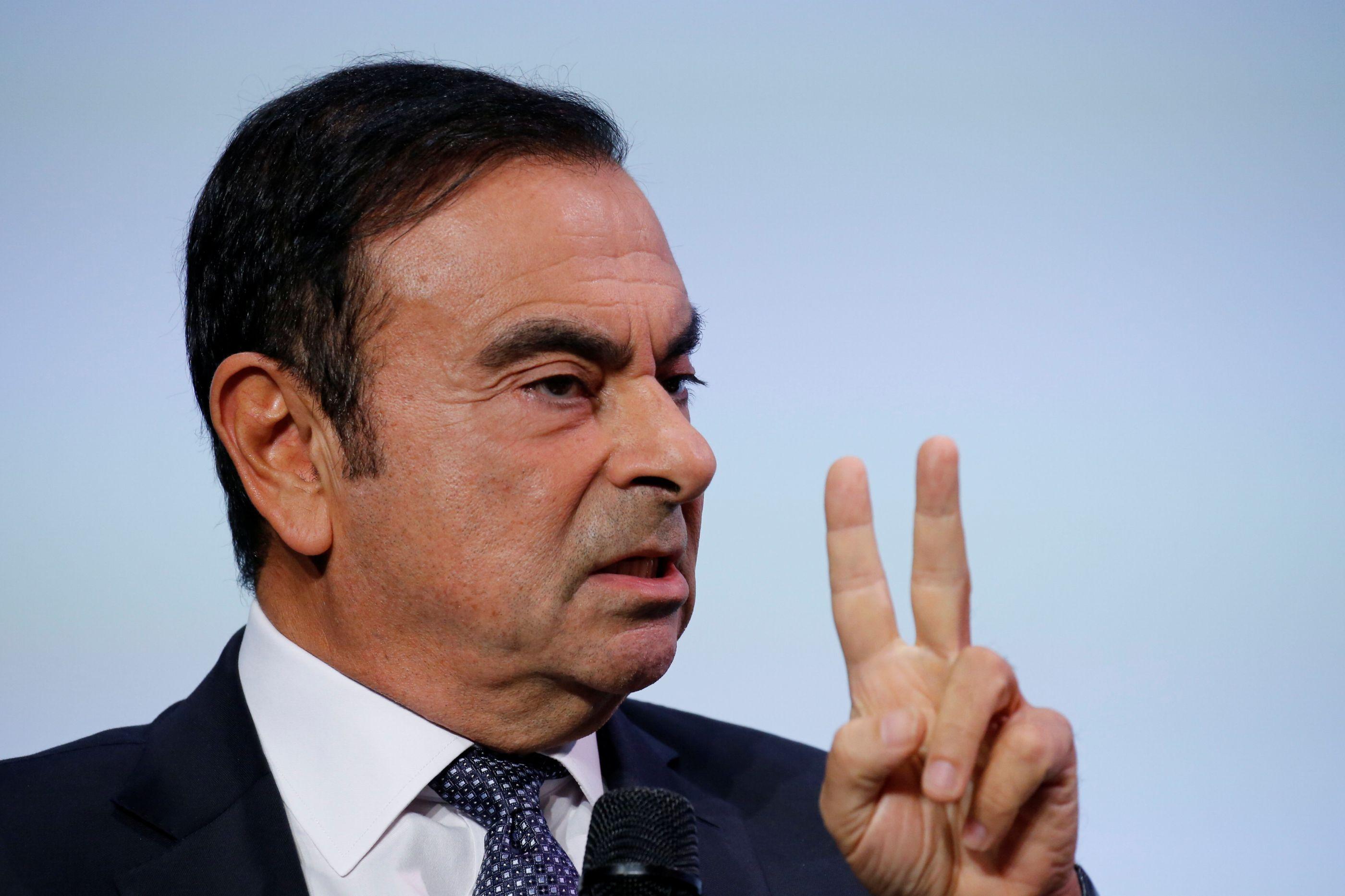 Ex-presidente da Nissan libertado, mas sujeito a medidas de coação