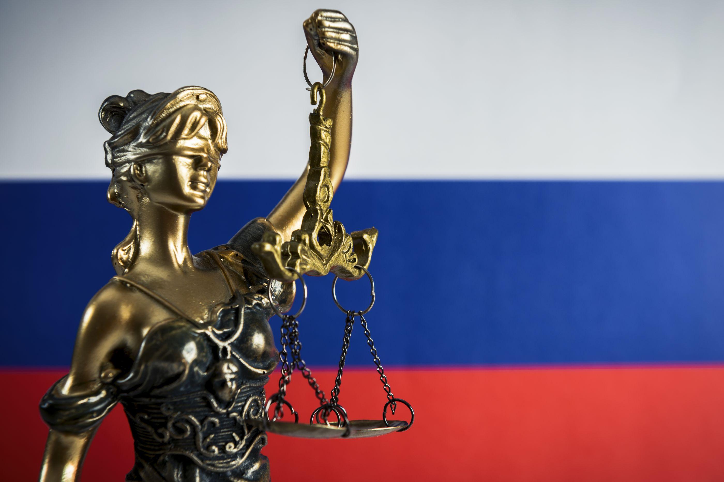 Ex-polícia russo condenado na Sibéria pelo homicídio de 78 mulheres