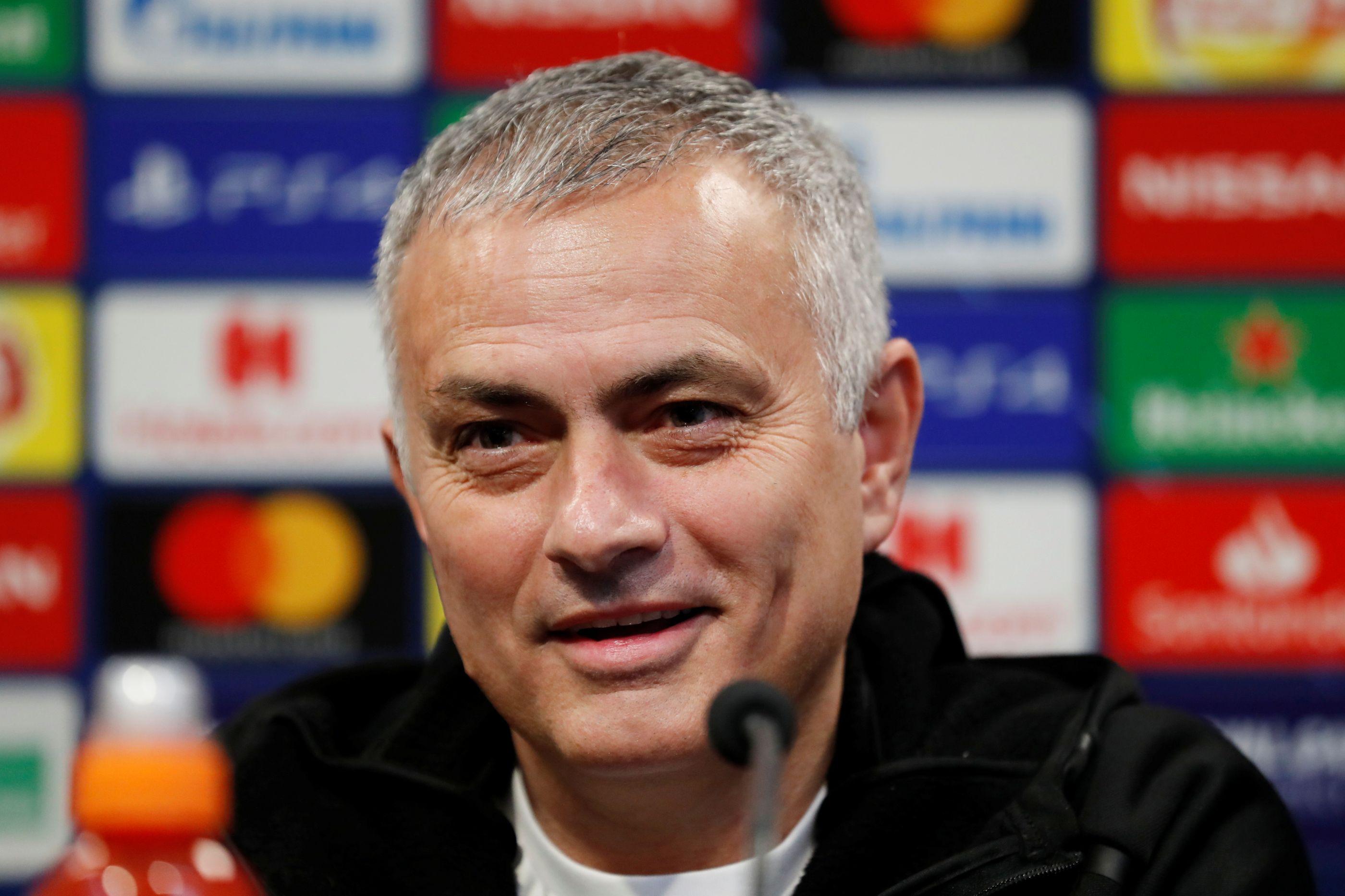 El País: Real Madrid já negoceia com José Mourinho