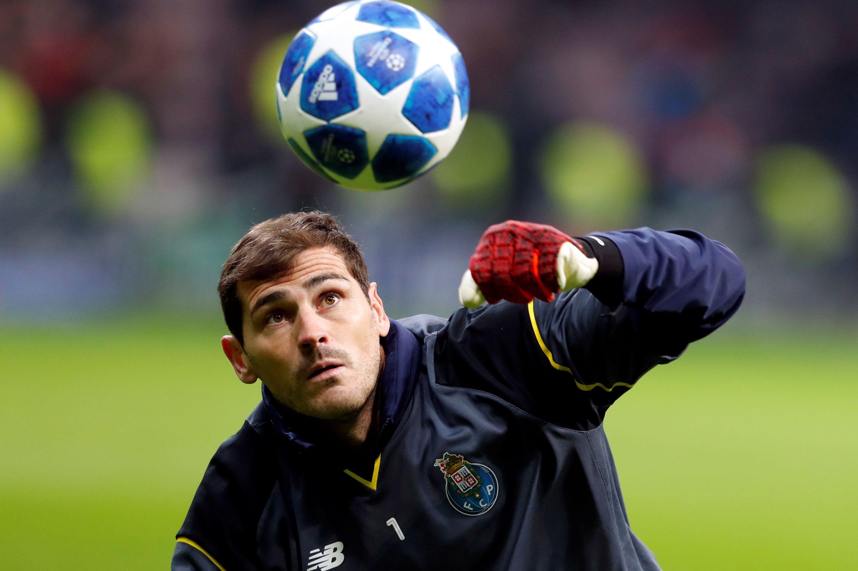Como são os adeptos do Benfica frente ao FC Porto pela boca de Casillas
