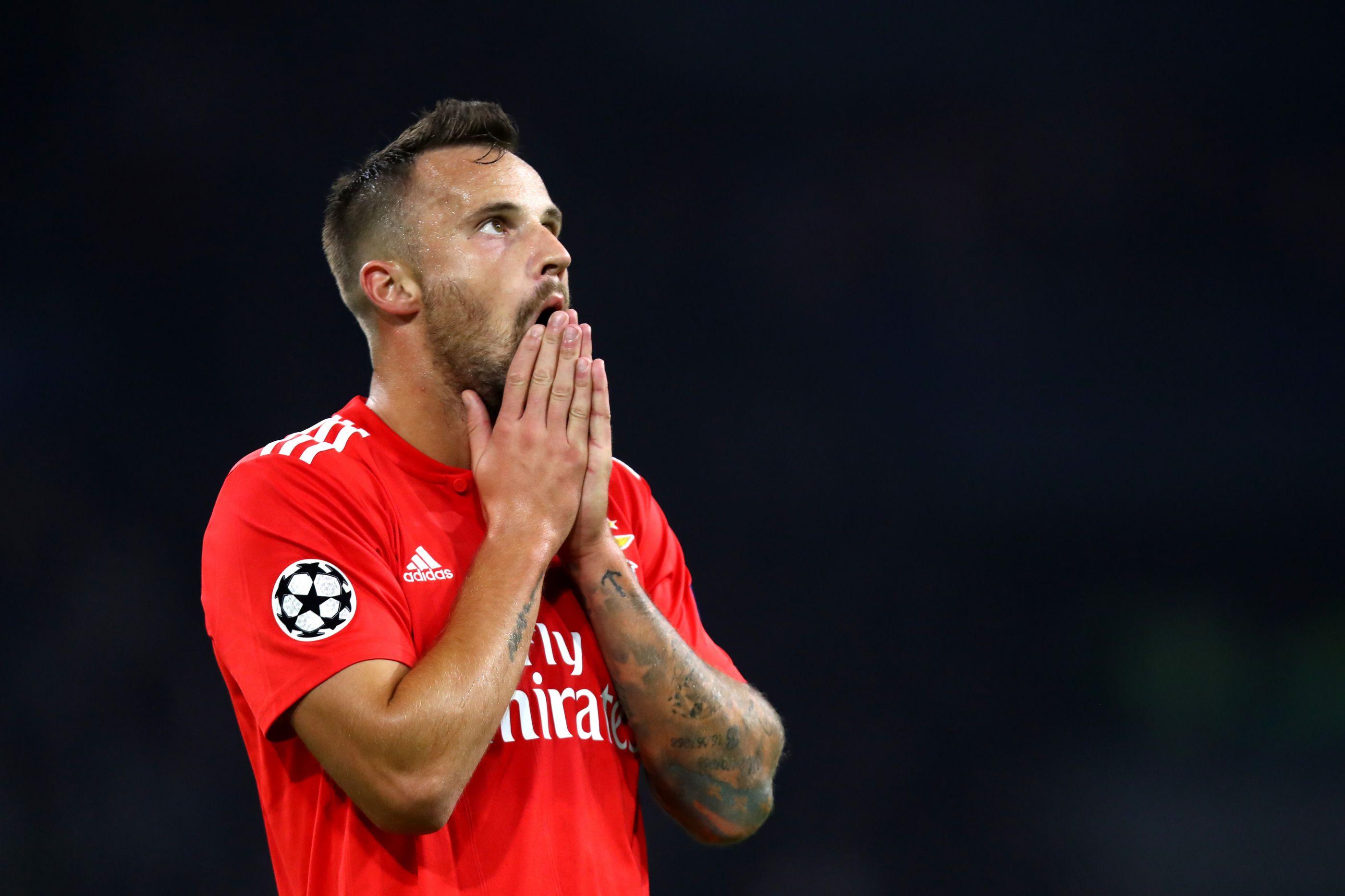 """Eliminação europeia? Seferovic """"explica"""" o que falhou ao Benfica"""