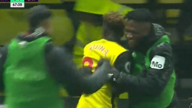 Domingos Quina marca golaço na Premier League e faz história no Watford