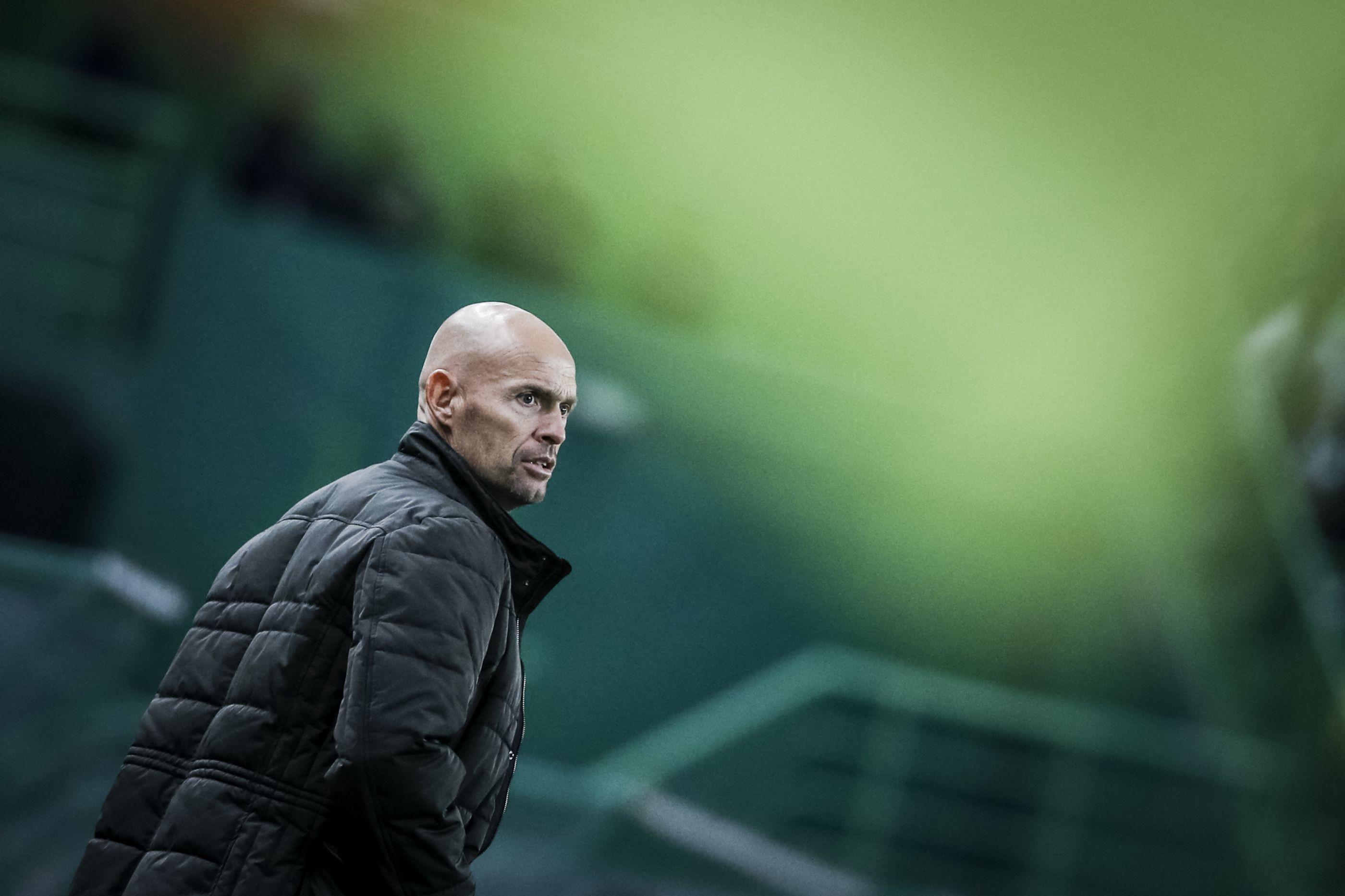 Luiz Phellype 'estreia-se' nos convocados de Keizer. Bas Dost regressa