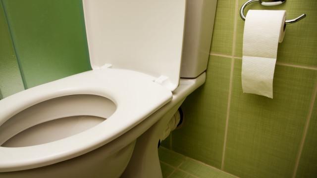 Sabia que estas coisas têm mais germes que a sua casa de banho?