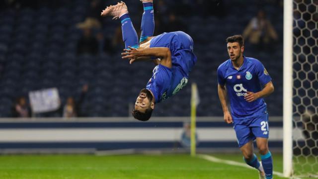 Esta é a nossa 'Champions'. FC Porto afasta Moreirense num jogo de loucos