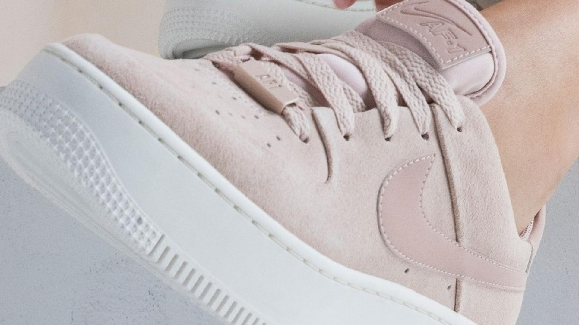 online retailer c140f da1a9 Nike Air Force 1 Sage Low, a tendência da temporada que esgota em semanas