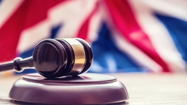 Condenada por mutilação genital feminina no Reino Unido