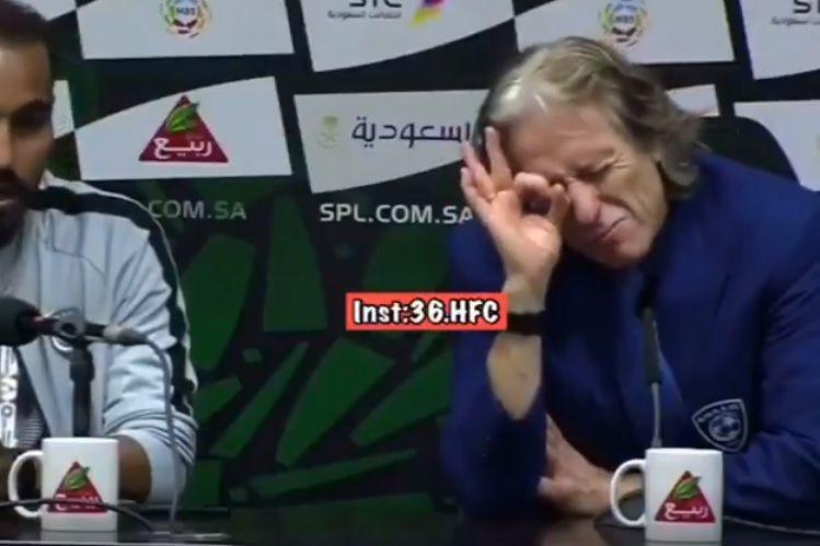 """""""Bola, zero. Já defrontei Real e Barça"""". A hilariante resposta de Jesus"""