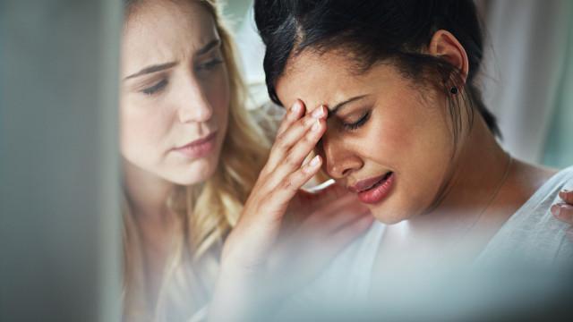 O leitor perguntou: É 'aceitável' chorar no local de trabalho?
