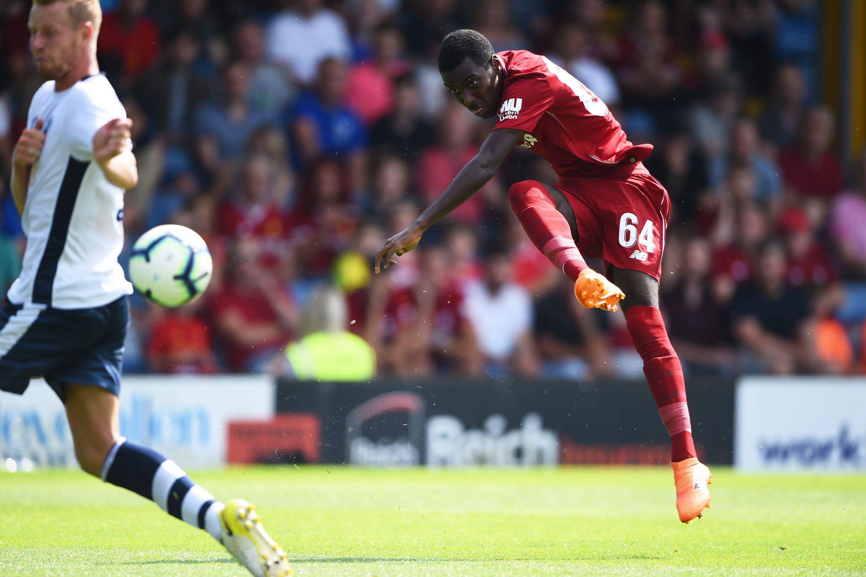 Sporting tenta promessa portuguesa do Liverpool