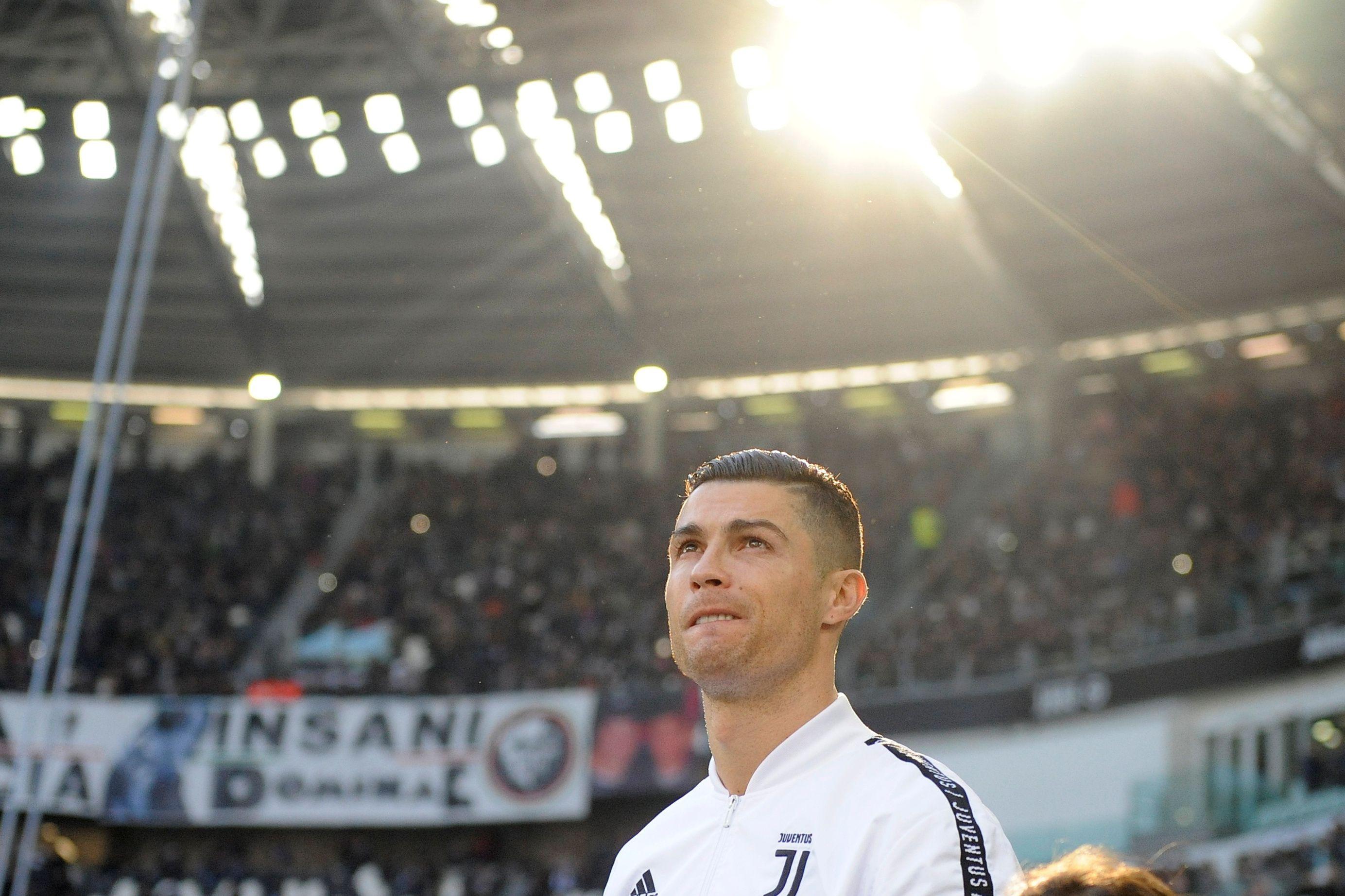 Juventus vence com 'bis' de CR7. Meta dos 50 cai por uma 'unha negra'