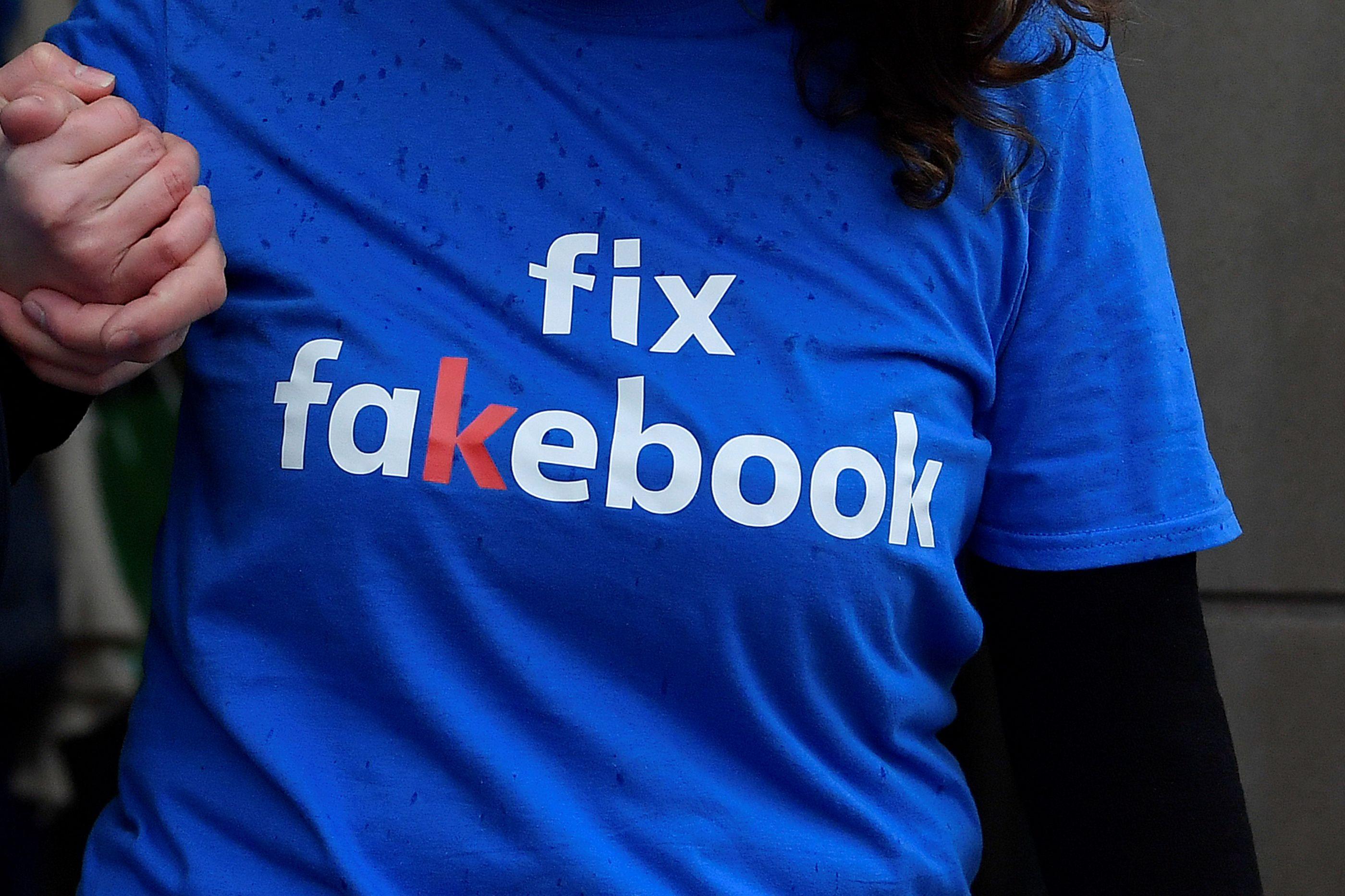 Uma das opções mais pedidas do Facebook foi (novamente) adiada
