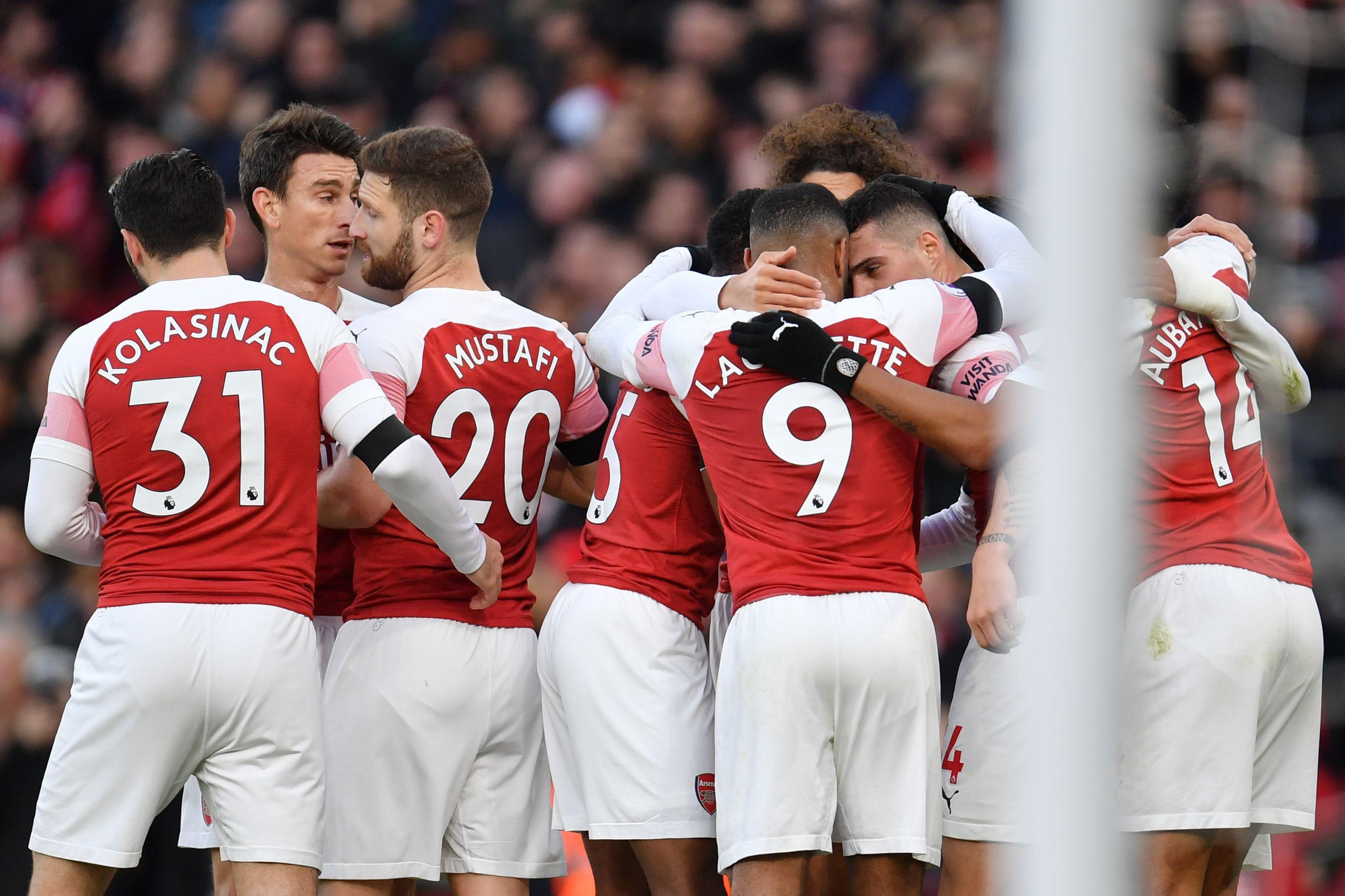 Arsenal entra com o pé direito em 2019 e vence dérbi londrino