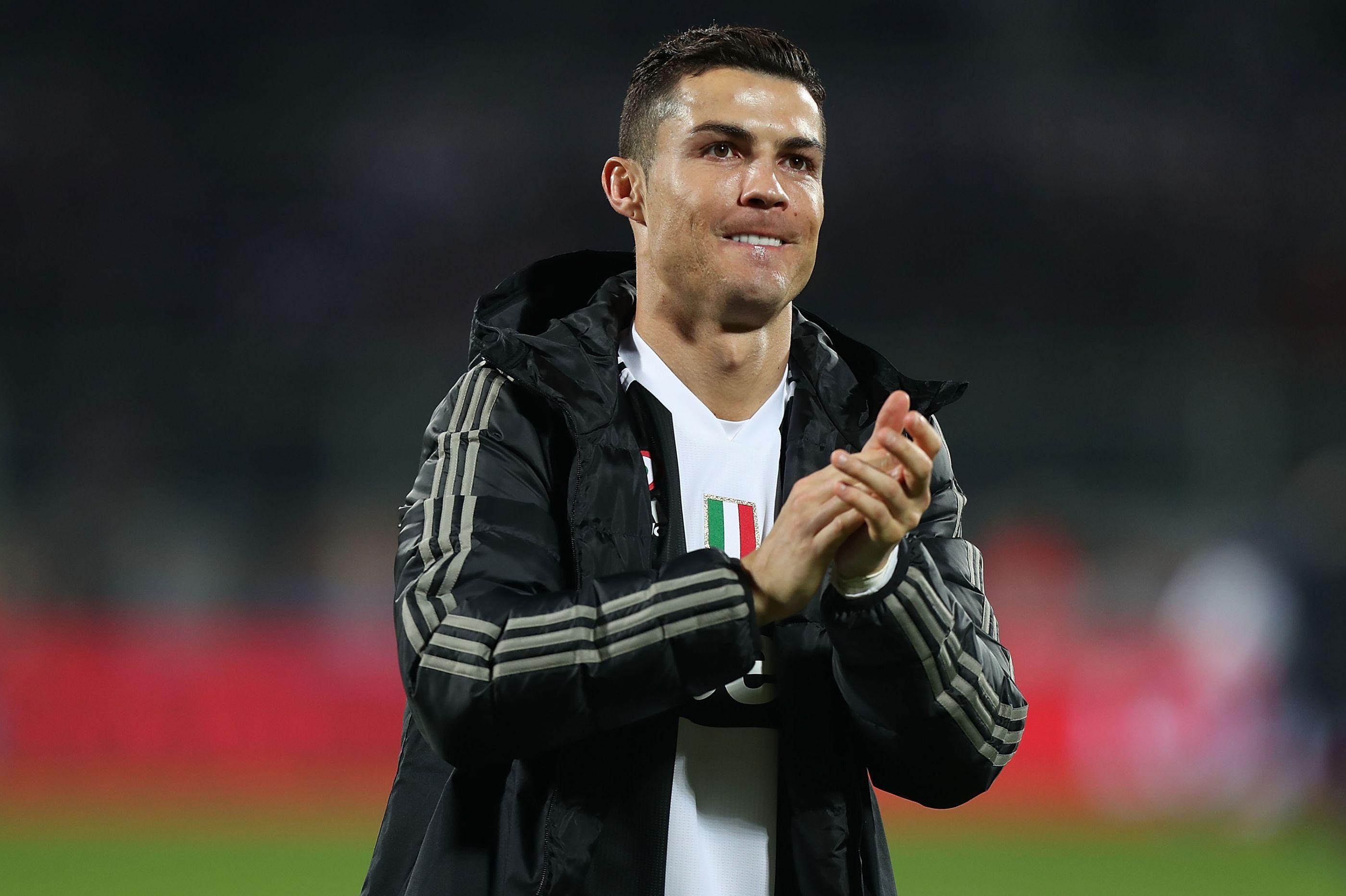 Ronaldo eleito melhor futebolista de 2018 na gala Globe Soccer Awards