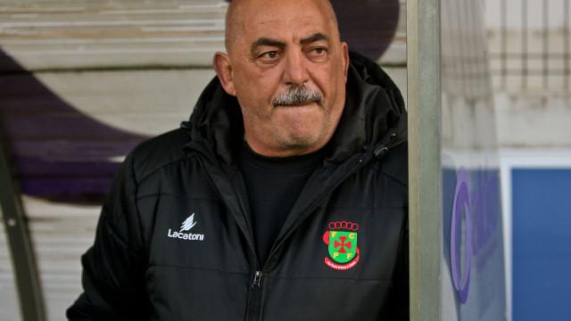 Vítor Oliveira no Farense? O treinador esclarece a informação