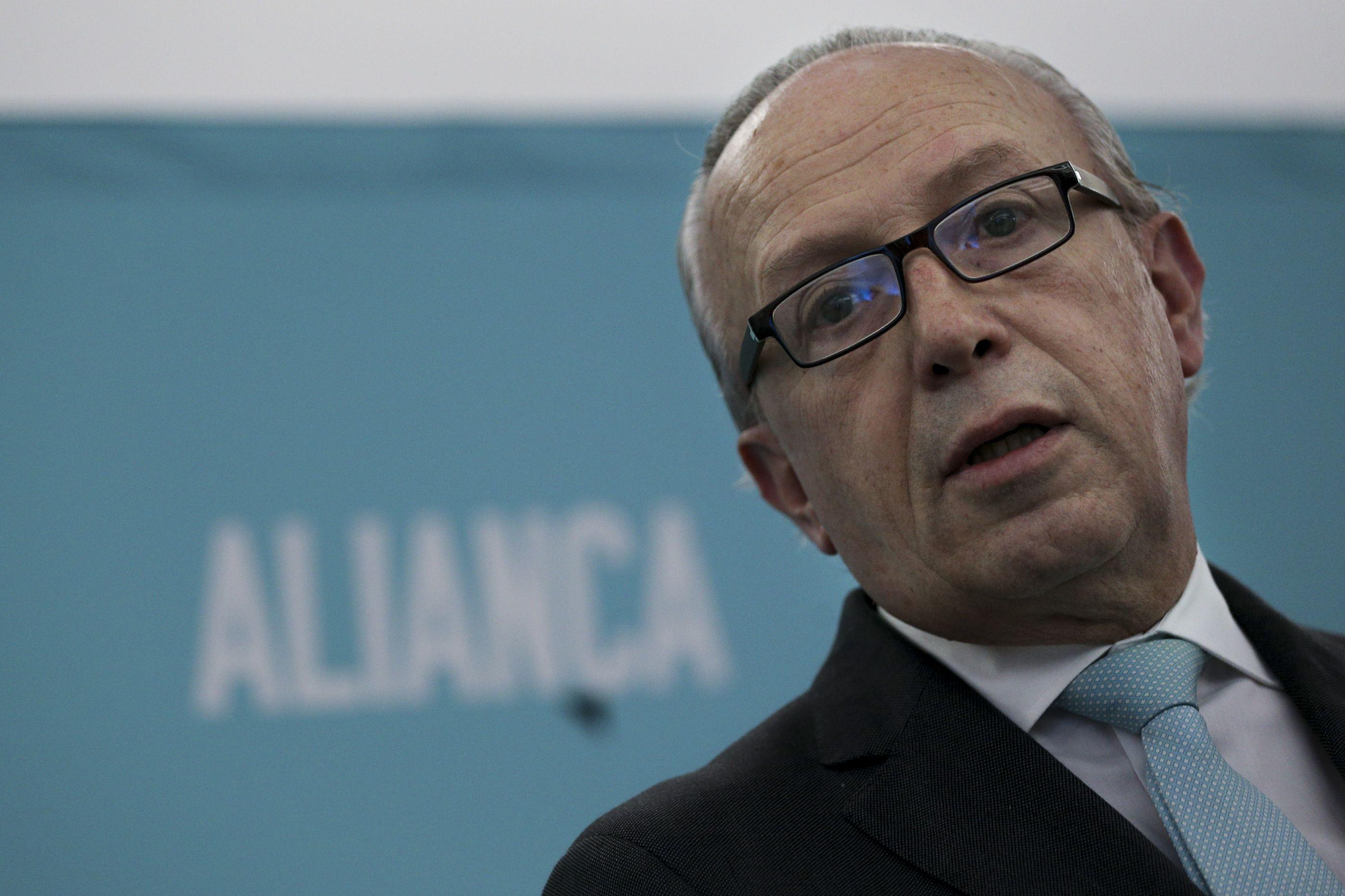 """Aliança apresenta 21 medidas para """"refundar a Europa"""""""