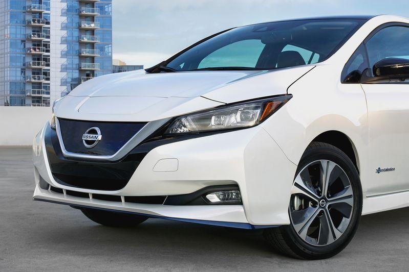 Nissan Leaf faz história nos carros elétricos