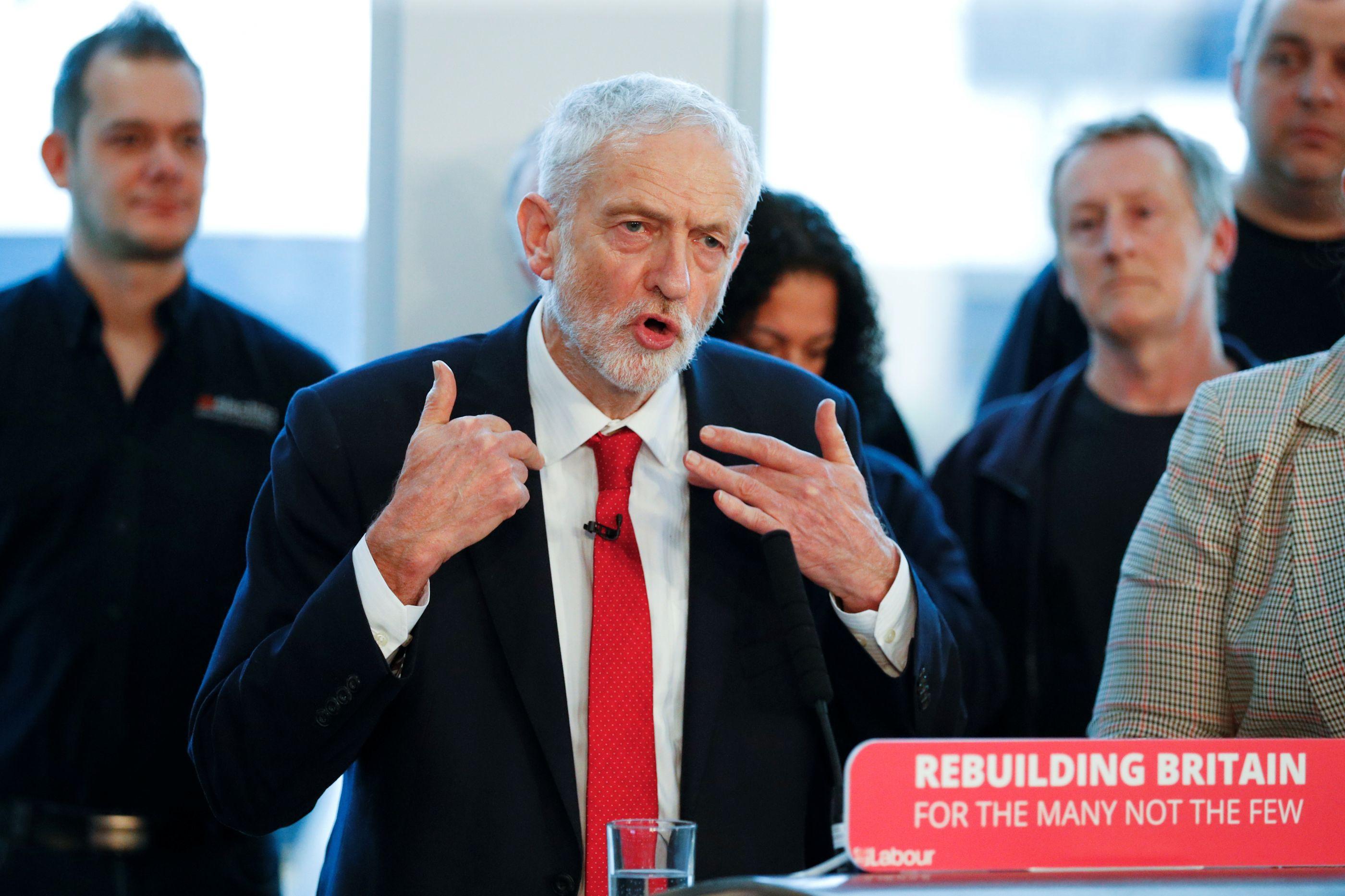 Partido Trabalhista pode votar a favor de segundo referendo sobre Brexit