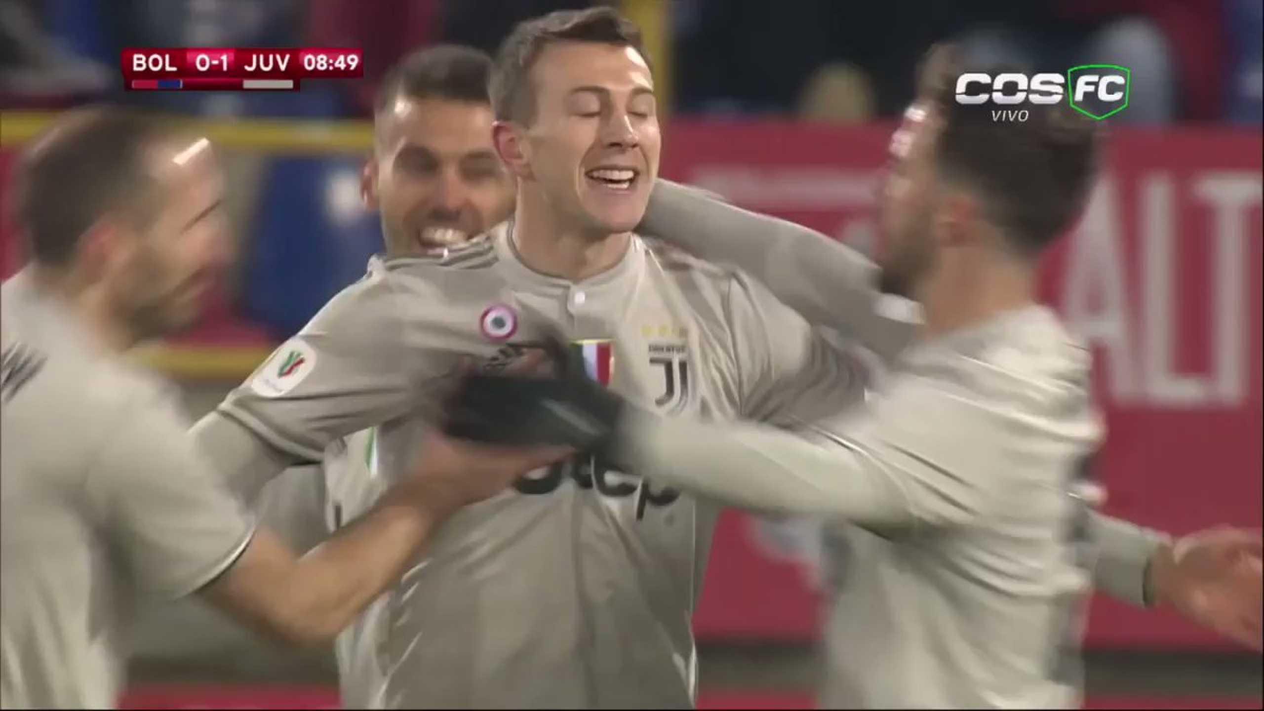 Choque 'anedótico' resultou no primeiro golo da Juve frente ao Bolonha