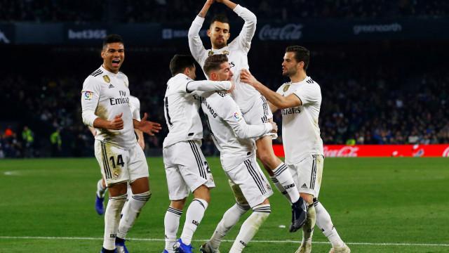 Real Madrid suspira de alívio após a traição de Ceballos na casa do Betis