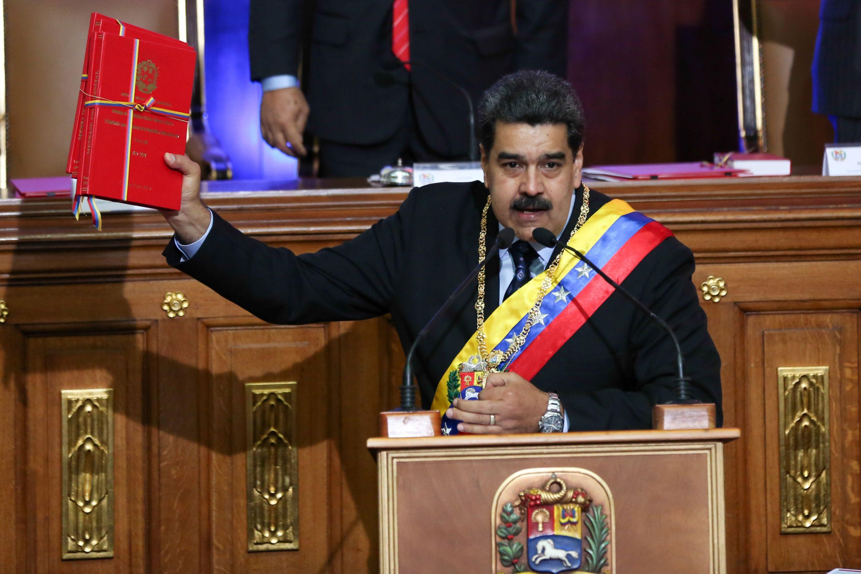 """Maduro diz que Bolsonaro é um """"Hitler dos tempos modernos"""""""