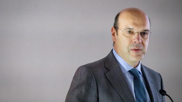 """Embora abaixo da meta, """"Portugal continua a crescer"""". Ministro confiante"""
