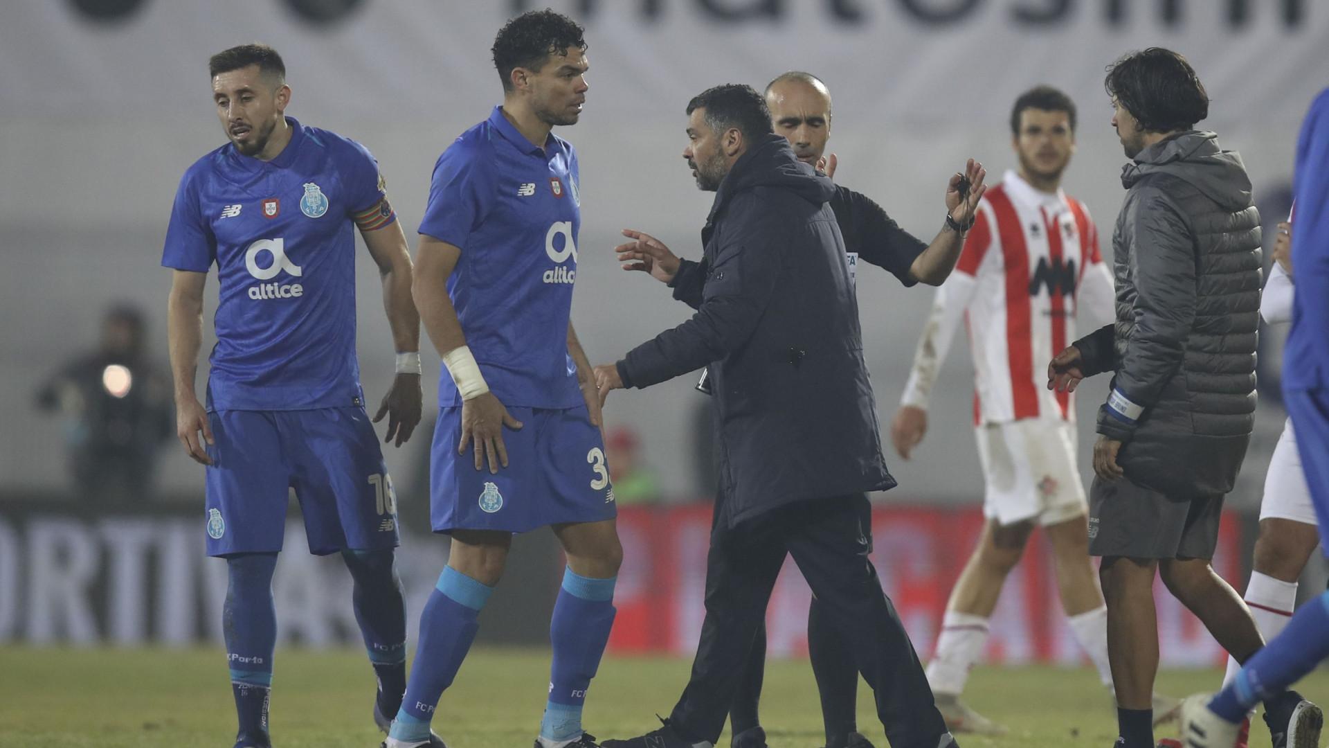 4cbf16b03429b FC Porto inscreve Pepe