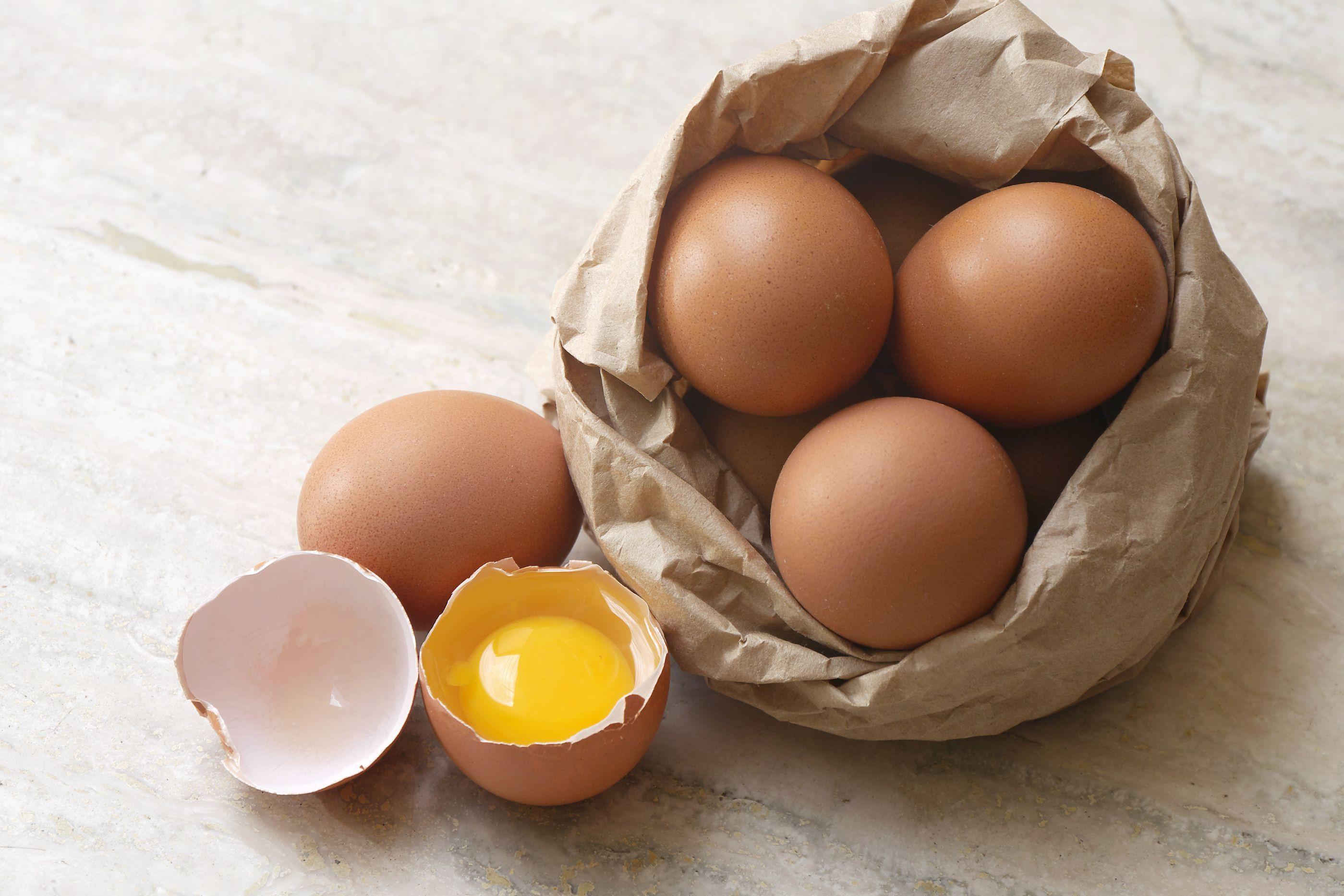 Frigorífico ou não. Afinal, qual é o melhor lugar para conservar os ovos?