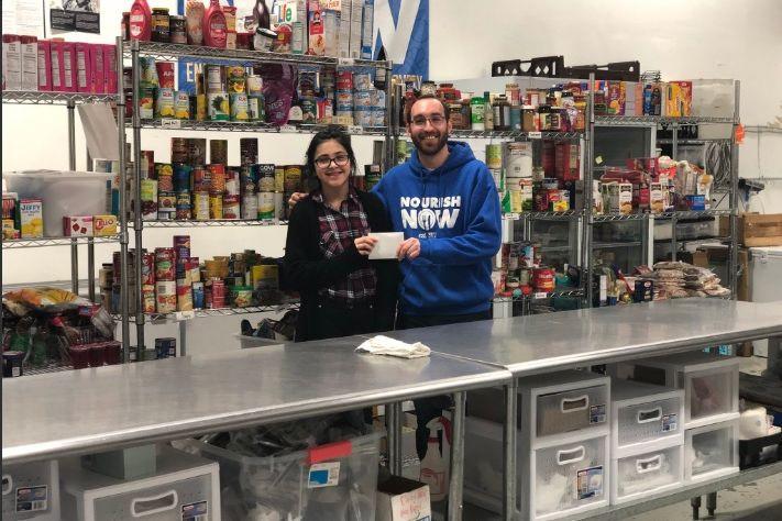 Após 'shutdown', jovem de 11 anos cria negócio para ajudar a mãe