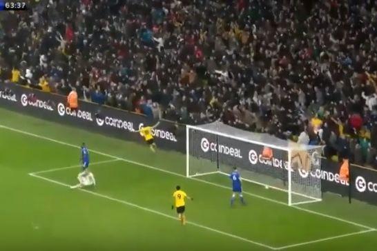 A tarde de sonho de Diogo Jota que 'arrasou' o Leicester