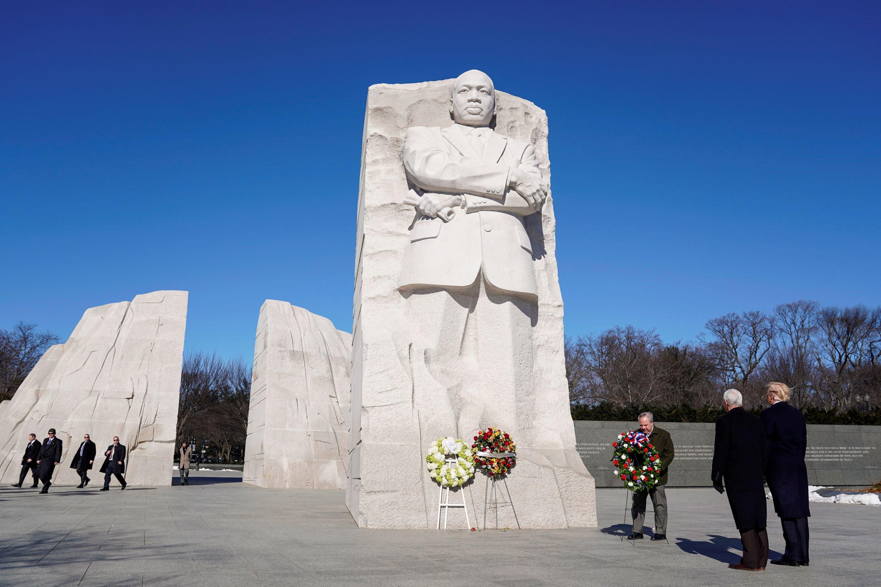 A breve homenagem de Trump a Martin Luther King está a ser alvo de piadas