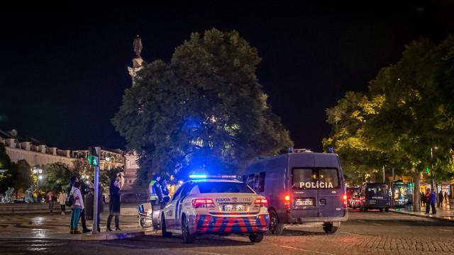 Noite de violência. Esquadra da PSP atacada com cocktails molotov