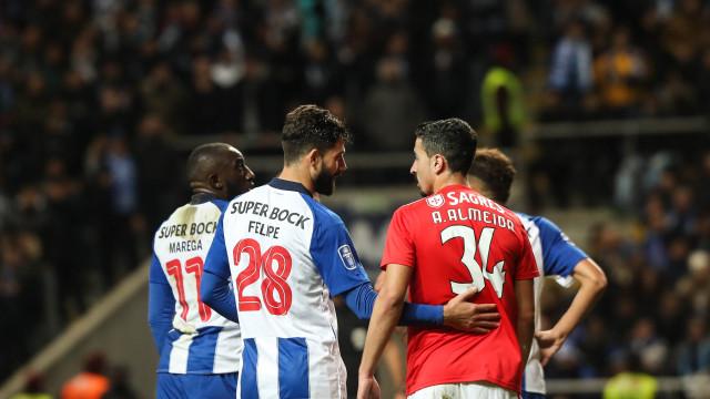 Benfica e FC Porto jogam no mesmo dia nas 32.ª e 33.ª jornadas