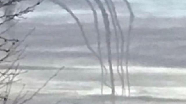 Equipa de buscas de Emiliano Sala investiga sinais de fumo em ilha